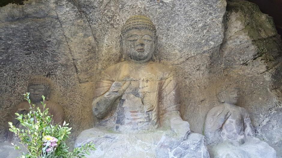 Large Buddhas